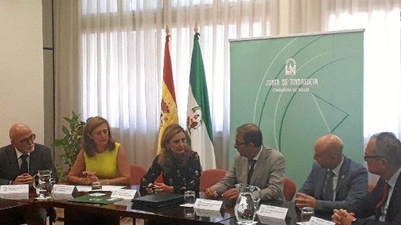 Un acuerdo entre Salud y la US amplía el área de Oncología del Hospital Virgen Macarena