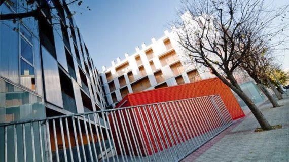 Adjudicada la explotación de dos plantas subterráneas para el aparcamiento en los alojamientos de San Bernardo