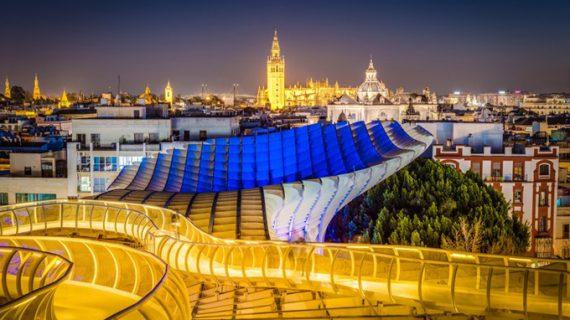 Los turistas alojados en Sevilla crecen un 4,34% en julio