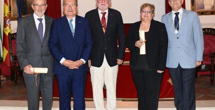 La Academia de Medicina y Cirugía premia dos trabajos de pediatría en su Concurso Científico