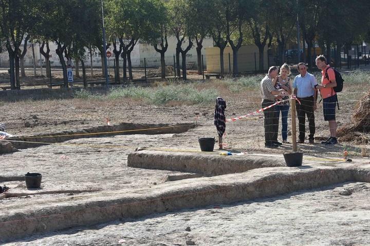 Más de 20 investigadores retorna en una nueva campaña de excavaciones al yacimiento prehistórico de Valencina