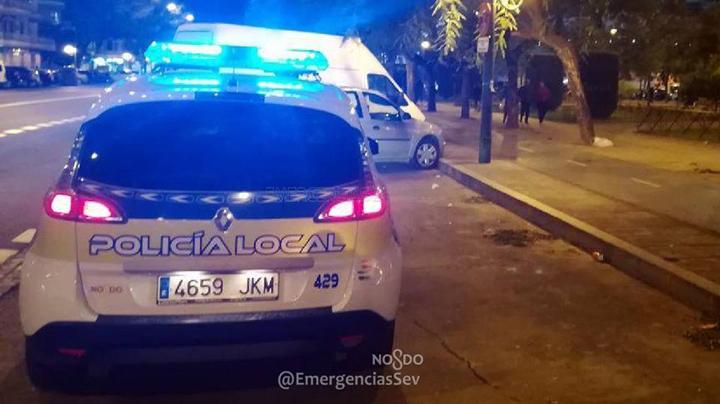 Piden colaboración ciudadana para identificar un vehículo que circulaba en sentido contrario por calle Arjona