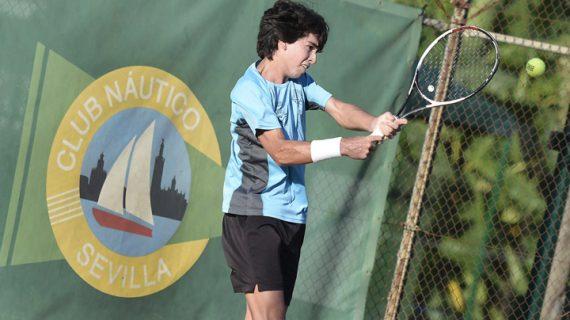 Celebrada la primera ronda del XXVII Open internacional de tenis de Sevilla Memorial Ricardo Villena