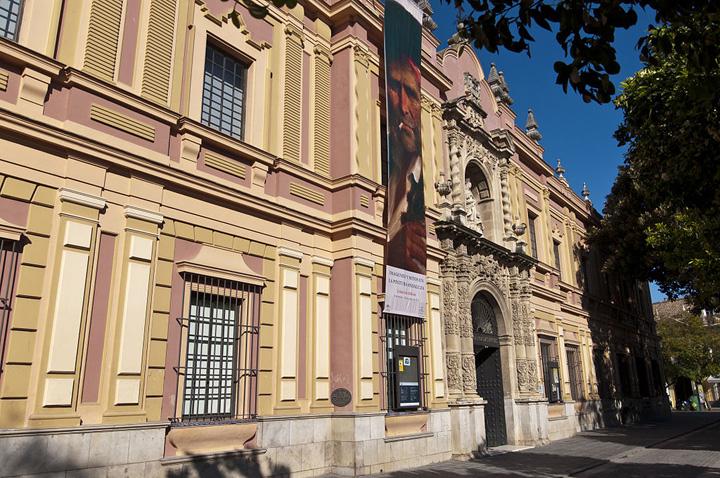 Fachada del Museo de Bellas Artes de Sevilla.