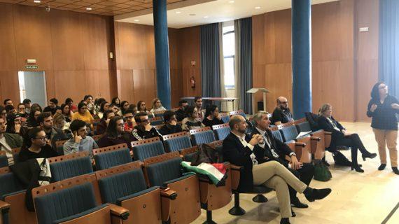 La US y el Festival de Sevilla organizan un seminario sobre las fronteras en Europa y en el cine