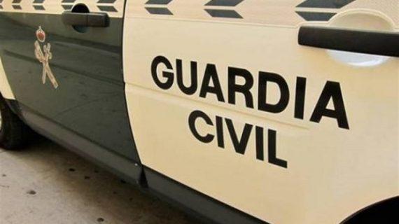 La Guardia Civil detiene a un hombre en Los Rosales por transportar marihuana