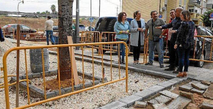 Comienzan las obras de pavimentación en la calle Fontaneros de Pino Montano
