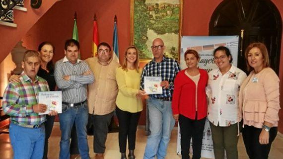 El libro sobre viajes 'Prolayeros por el mundo' recauda fondos para programas de integración social