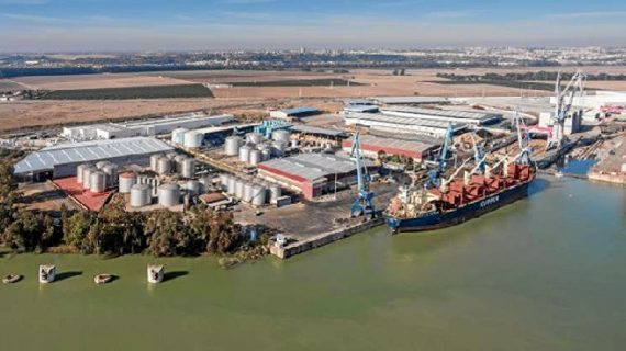 El Puerto de Sevilla mejorará sus instalaciones eléctricas