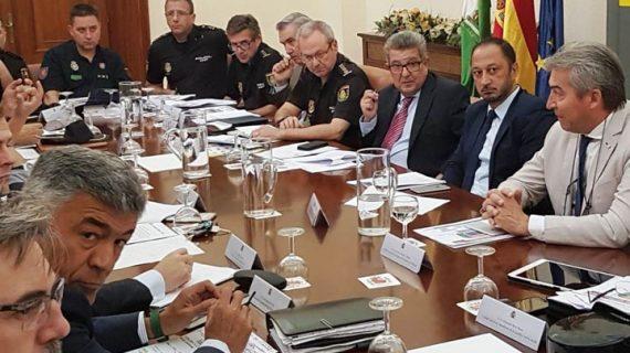 Destinan más de 900 efectivos al dispositivo de seguridad del España-Inglaterra en el Benito Villamarín