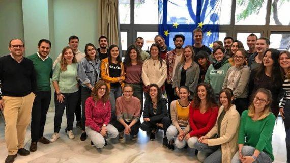 Una treintena de jóvenes de 14 países se forman en Sevilla en labores de voluntariado