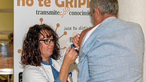 Especialistas del Virgen del Rocío demuestran la eficiencia de la vacuna de la gripe en personas trasplantadas