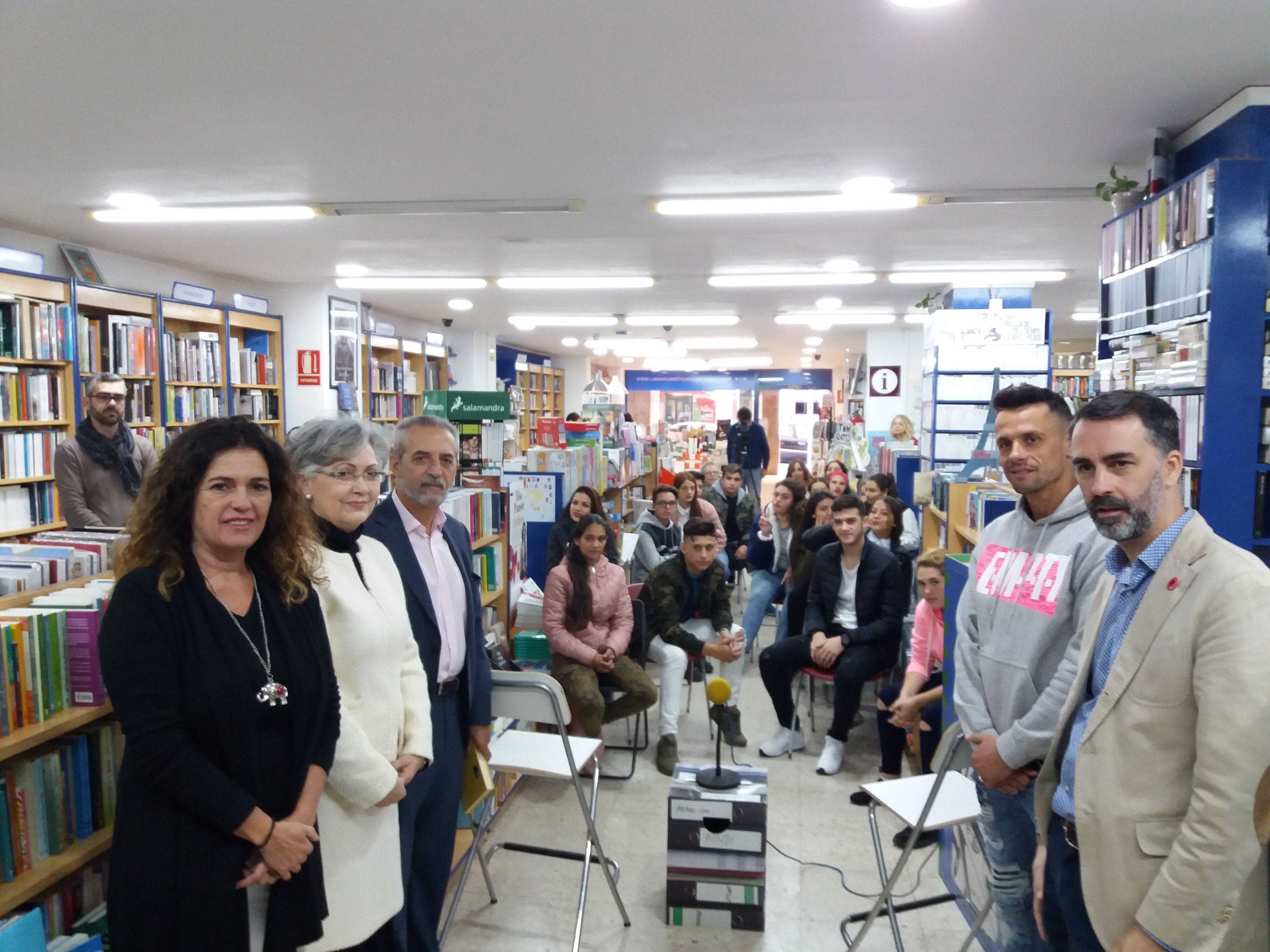 Sevilla celebra el Día de las Librerías con espectáculos de arte gratuitos