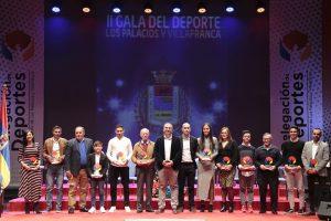 Los galardonados en la II Gala del deporte de Los Palacios y Villafranca.