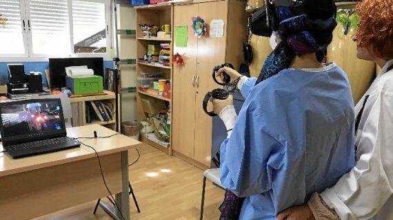 Gafas de realidad virtual para los más pequeños hospitalizados en el Virgen Macarena