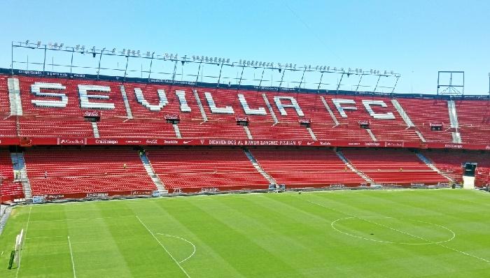 El Sánchez-Pizjuán, candidato a ser escenario de las finales de la UEFA en 2021