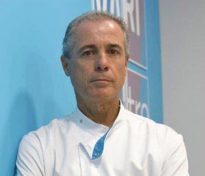 El doctor onubense Ignacio Cañizares, especialista en cirugía bariátrica.