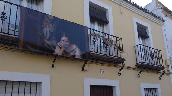 Un Murillo en gran formato llena las calles de Salteras