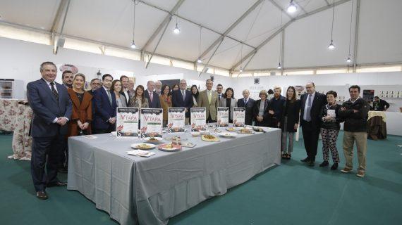 La V Feria de la Tapa 'Sabores de la Provincia de Sevilla' ofrece sesiones de cocina en directo