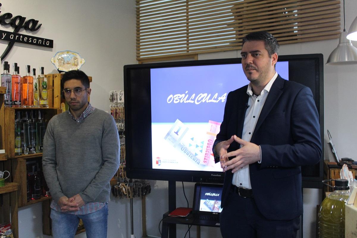 Fuentes de Andalucía estrena moneda local, la obúlcula