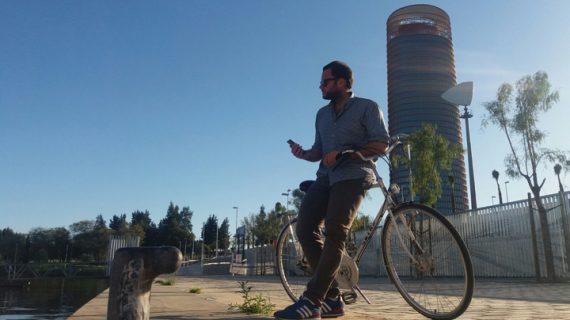 Desplazarse sin contaminar en Sevilla tiene recompensa