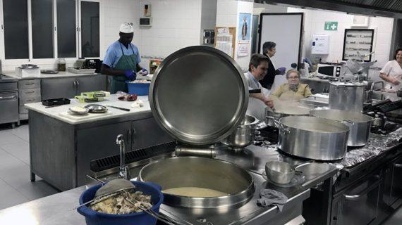 Más de 14.400 alumnos se beneficiarán de los comedores escolares sevillanos el próximo curso