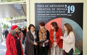 Inauguración de la XIX edición de la Feria de Artesanía Creativa de Sevilla, en la Plaza Nueva.