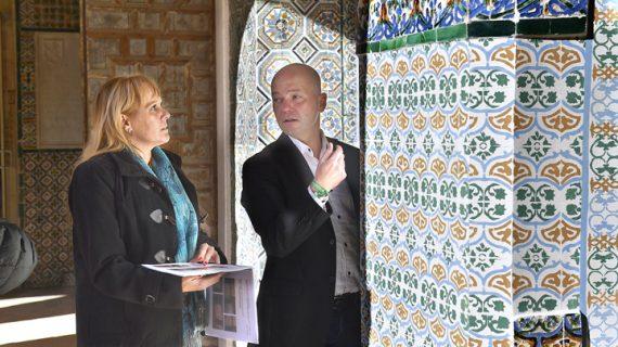 El Monasterio de San Isidoro del Campo estrena azulejos