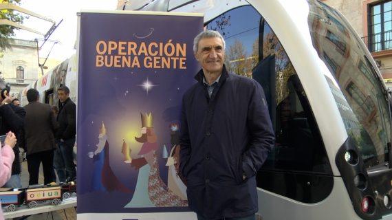 La Fundación del Sevilla FC dona alimentos y juguetes para los más necesitados