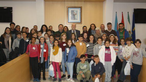Los niños de Mairena del Alcor presentan su candidatura al Consejo de la Infancia