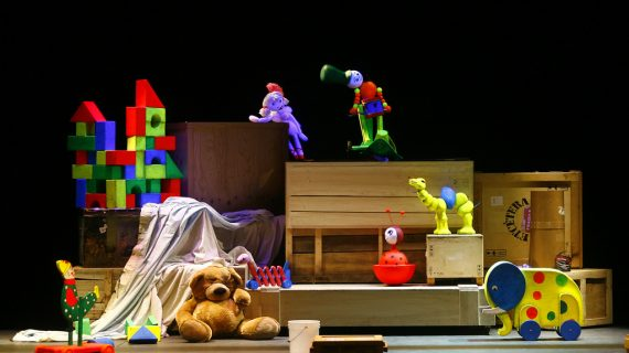 'La caja de juguetes': Una sorpresa escénica para niños