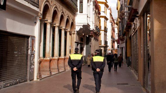 Aprobada la convocatoria para 140 plazas de Policía Local y 15 de Bomberos