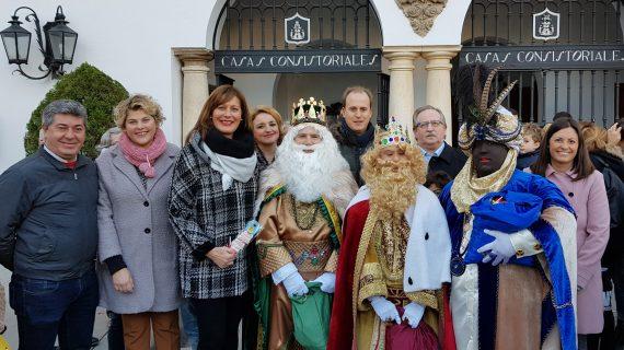 Los Reyes Magos recorren las calles de Osuna