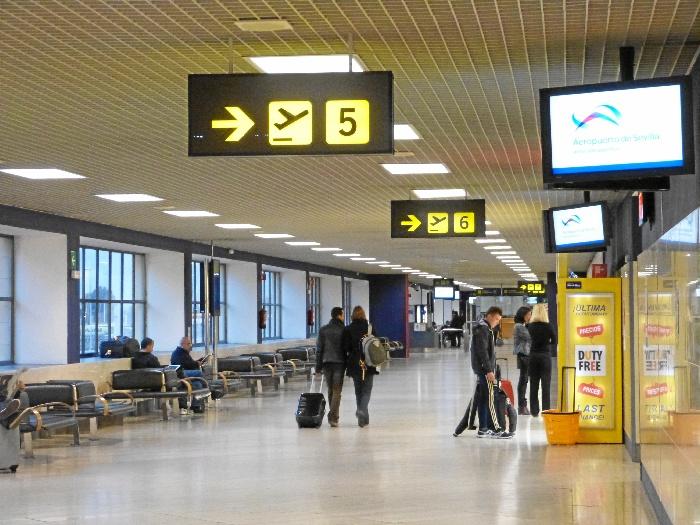 El Aeropuerto de Sevilla cerró en abril el mejor mes de su historia tras crecer más de un 21 %