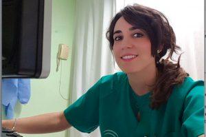 La enfermera Cristina García, miembro del equipo de la Unidad del dolor.