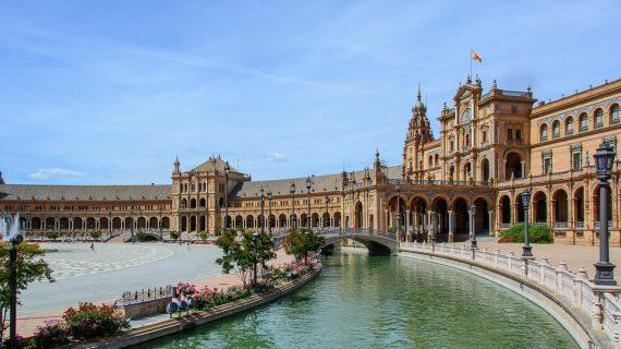 La Plaza de España, entre los 10 mejores rincones de Europa para una pedida de mano
