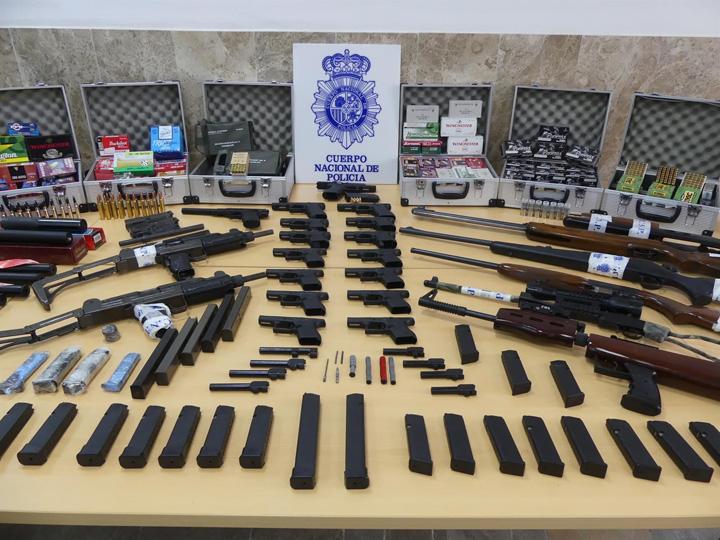Desarticulado en Sevilla un grupo dedicado al tráfico ilícito de armas