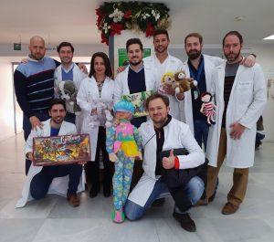 Imagen de la campaña de recogida de juguetes celebrada en el Hospital de Valme.