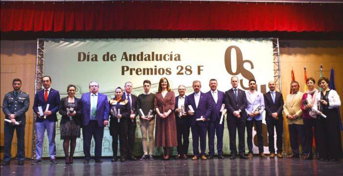 El Ayuntamiento de Osuna otorgó los Premios 28 de Febrero