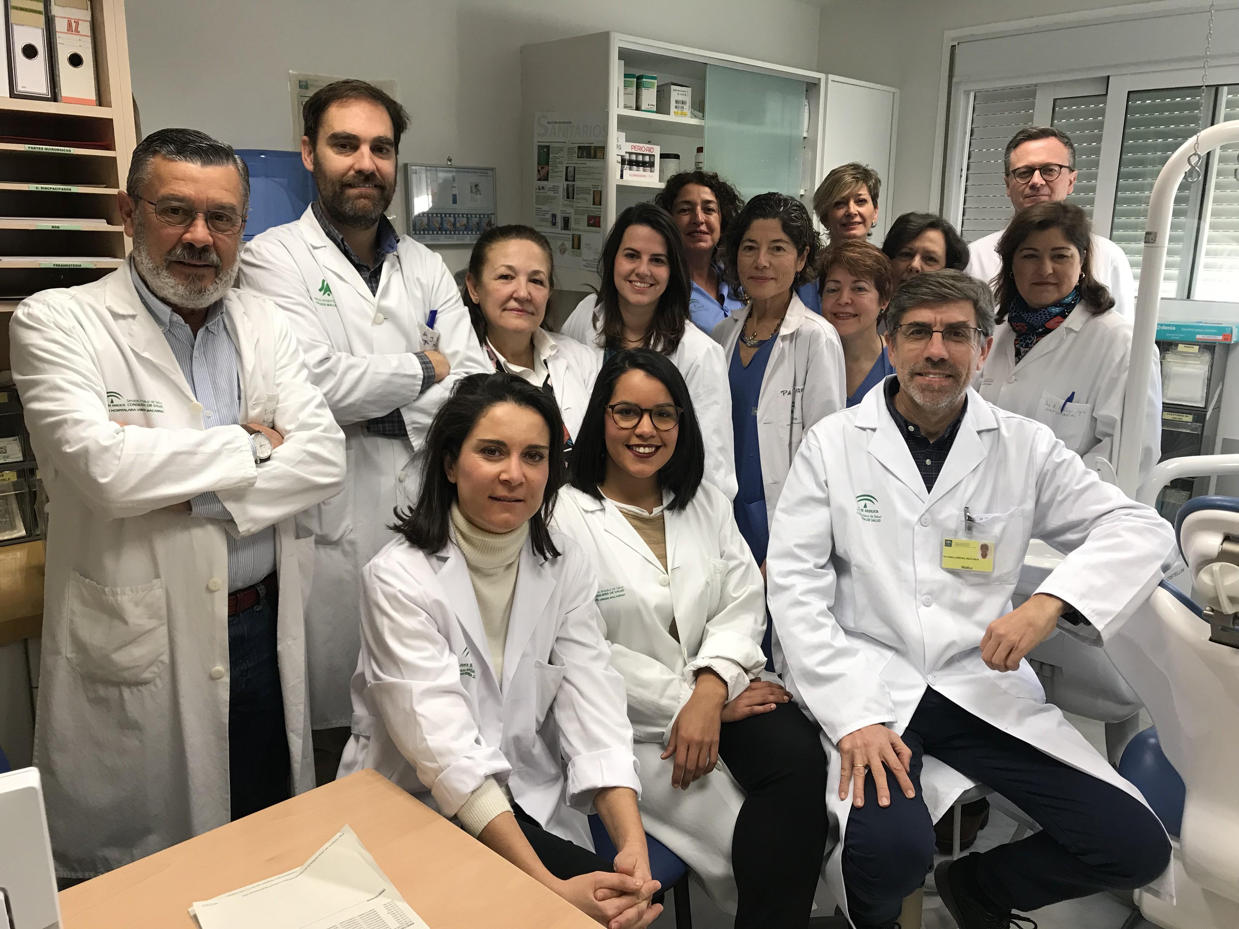 La UGC de Cirugía Maxilofacial del Macarena recibe un reconocimiento a la calidad de su trabajo