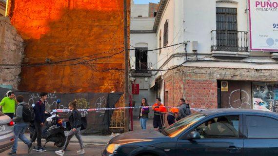 Sin víctimas de gravedad tras la explosión ocurrida en un bar de Puerta Osario