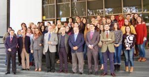 Organizadores y participantes del proyecto FUNDOMAR Sevilla Integra, edición 2017.