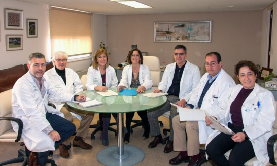 Los miembros de la Unidad de Estrategia de Cuidados, junto a los responsables de Enfermería del centro.