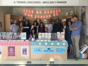 En la imagen, el equipo de Maclein y Parker, junto a algunos de sus autores.