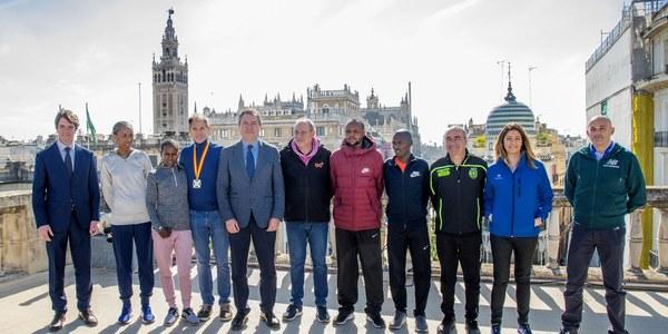 13.000 corredores tomarán la salida del Zurich Maratón de Sevilla
