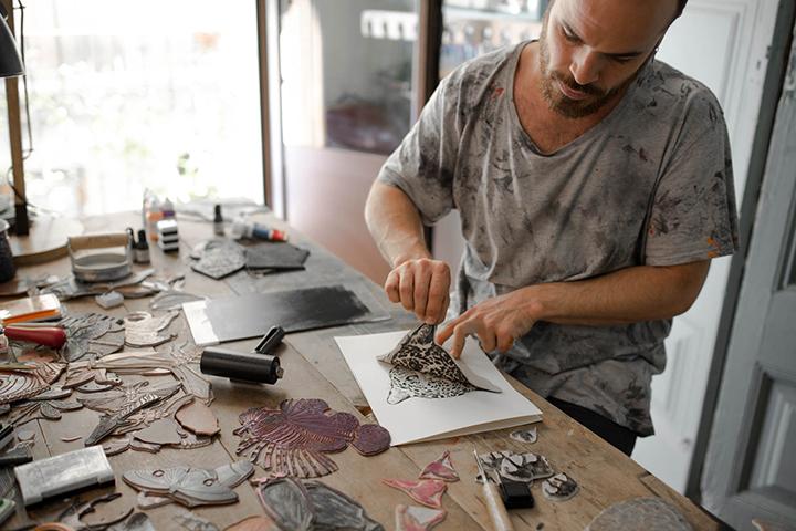 Pablo Salvaje, trabajando en 'Alma animal', en La Selva.