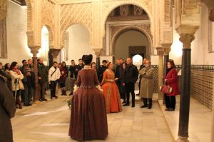 Visitas teatralizadas en el Real Alcázar de Sevilla.