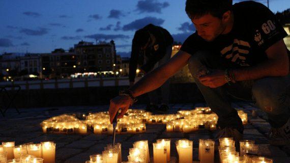 La Hora del Planeta, o cómo apagar la luz para visibilizar el problema medioambiental