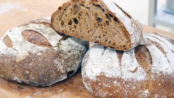 Un sevillano crea el primer pan con sabor a jamón ibérico