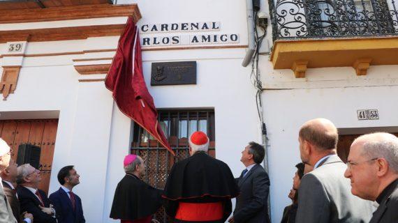 """Carlos Amigo: """"Ustedes me dedican una calle, yo les tenía una plaza muy grande en mi corazón"""""""